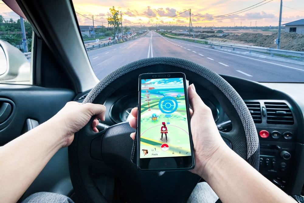 Is Pokémon Go dangerous for teen drivers?