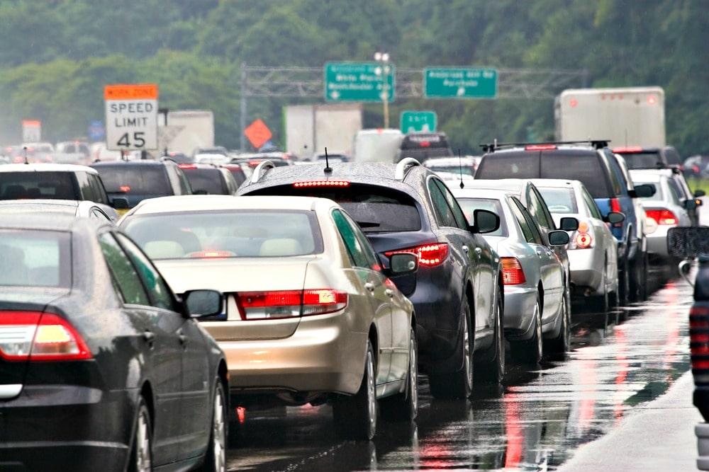 Thanksgiving travel tips traffic jam