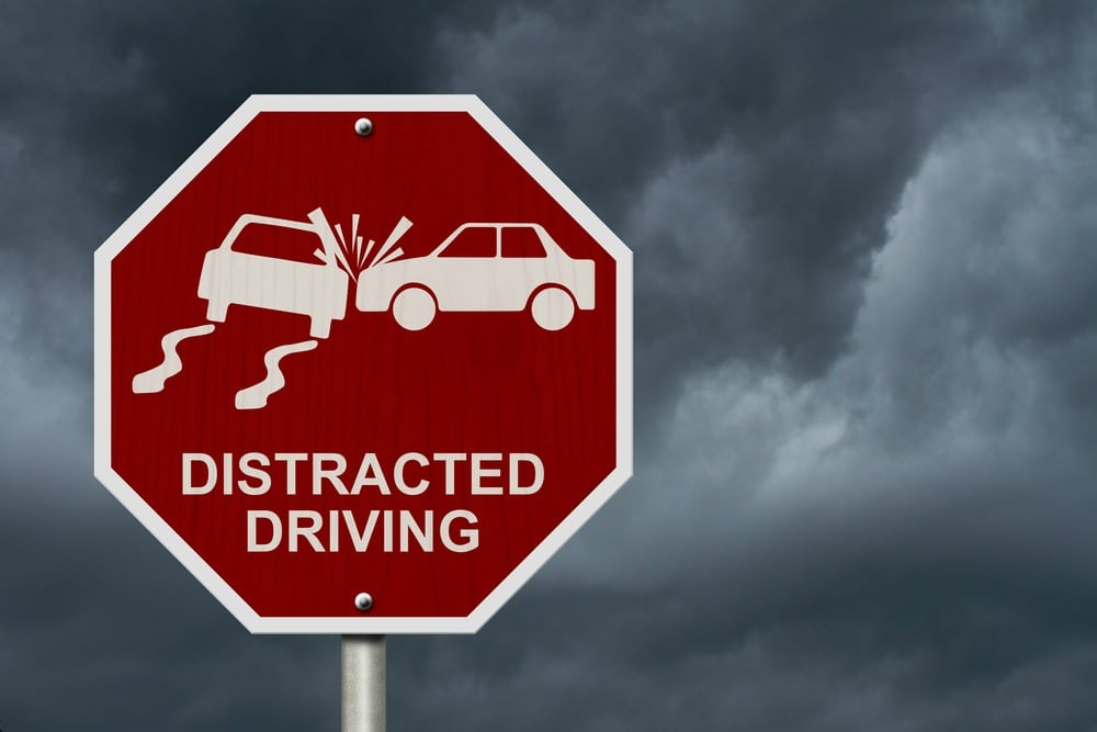 Teen driver guide distracted driving